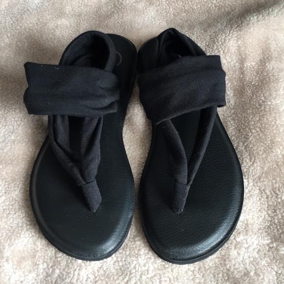 5f95ab00583 NWOT OP Yoga Mat Sandals. M 5aad4aac9d20f0c4b62b8fdd